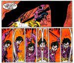 Le Joker bat Robin avec un pied de biche