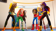 Bumblebee, Poison Ivy, Katana and Wonder Woman, Supergirl, Batgirl DCSHG Doll Cowgirls Duel