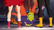 Supergirl and Batgirl DCSHG Trough legs