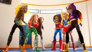 Bumblebee, Poison Ivy, Katana and Wonder Woman, Supergirl, Batgirl DCSHG Doll Cowgirl Duel