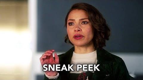 "The Flash 5x12 Sneak Peek ""Memorabilia"" (HD) Season 5 Episode 12 Sneak Peek"