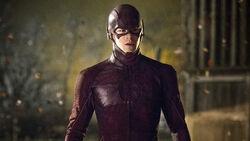 Barry im Anzug