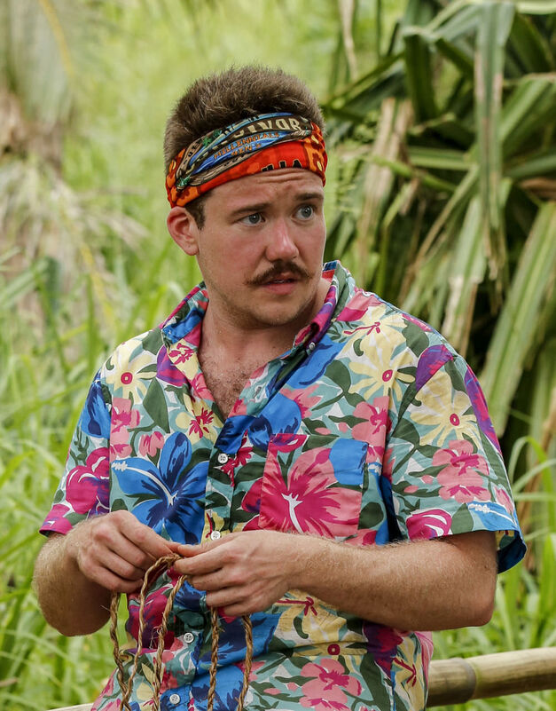 Zeke Smith Survivor season 33 Millennials team Vanua tribe