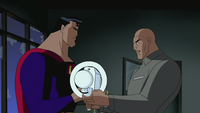 Luthor gives beam to Superman