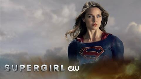 Victor damiãoRS/Supergirl levanta voo no vídeo promocional da segunda temporada