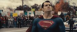 Superman e os manifestantes