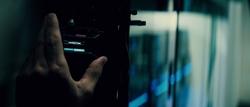 Bruce invadindo as redes de Luthor
