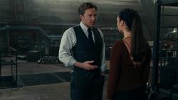Bruce discute com Diana