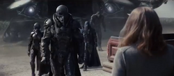 General Zod e suas forças na Fazenda Kent