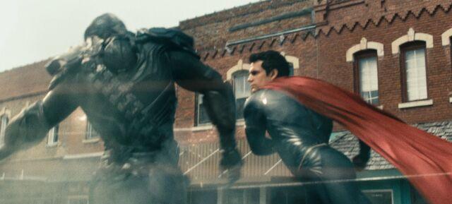 File:Superman fighting Nam-Ek.jpg