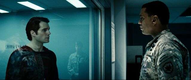 File:Swanwick talking to Superman within containment.jpg