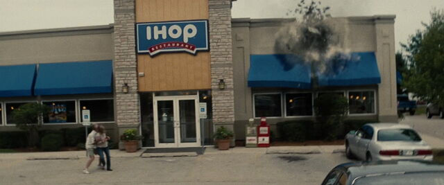 File:IHOP Smallville.jpg