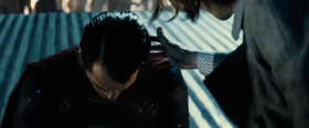 Superman bows to Lex Luthor