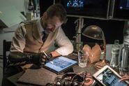 Zack Snyder - BTS - working on Deathstroke