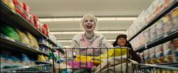 Birds of Prey - Harley Quinn and Cassandra Cain Shopping