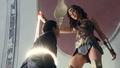 Justice League (2017).mkv snapshot 00.08.55 -2018.01.22 15.48.52-.png