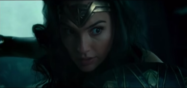 File:Wonder Woman surprised.png