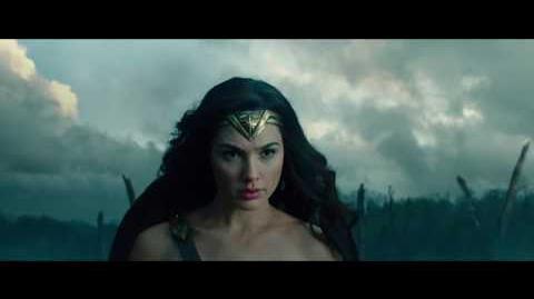 MUJER MARAVILLA - Trailer 4 - Oficial Warner Bros