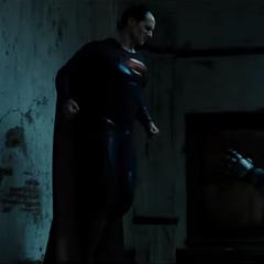 Superman molesto con Batman.