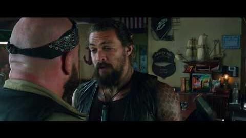 Aquaman - Spot Olas Castellano HD