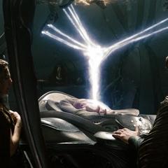 Jor-El infundiendo el Códice en las células de Kal-El.