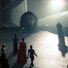Kal-El conociendo a Zod.
