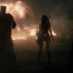 La Mujer Maravilla une fuerzas con Batman y Superman.