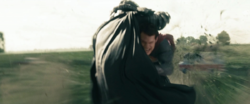 Superman ataca a Zod