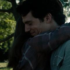 Clark vuelve con su madre.