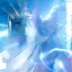 Flash usando su supervelocidad para atacar al Capitán Boomerang.