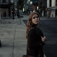 Lois en Metrópolis voltea.