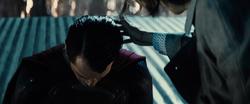 Alexander Luthor amenaza a Superman