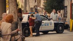 Cassandra es capturada por la policia