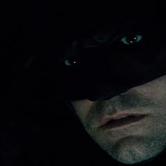Batman es encontrado por Superman.