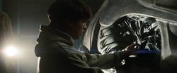 Clark descubre la nave que lo trajo a la Tierra