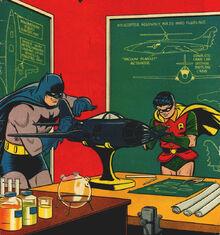 Batman Robin gadgetry