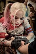 Harley Quinn Tattoostudiobild