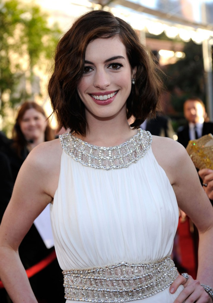 Anne Hathaway Dc Movies Wiki Fandom Powered By Wikia