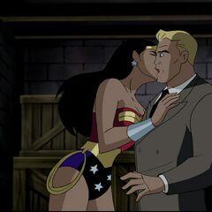 Wonder Woman kisses Steve Trevor.