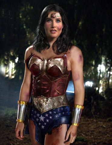 File:Wonder Woman movie costume.jpg