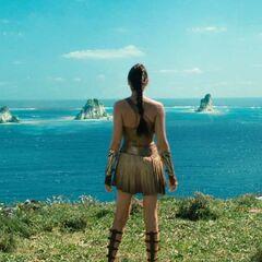 Diana na wybrzeżu Themysciry