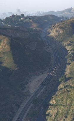 GTA5 Tongva Drive 02
