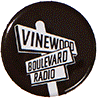 Vinewood-Boulevard-Radio-Ansteckplakette