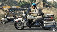 Gta-v-michael-trevor-police-bikes