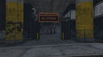VinewoodSelfStorage-Entrance-GTAV