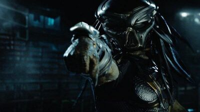 New Footage From 'The Predator' Shows Aliens Hunting Each Other