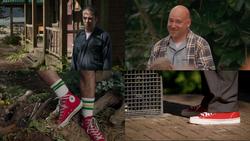 1x01 Dave jardinier ami imaginaire Hurley converses rouges Blair impression de déjà-vu