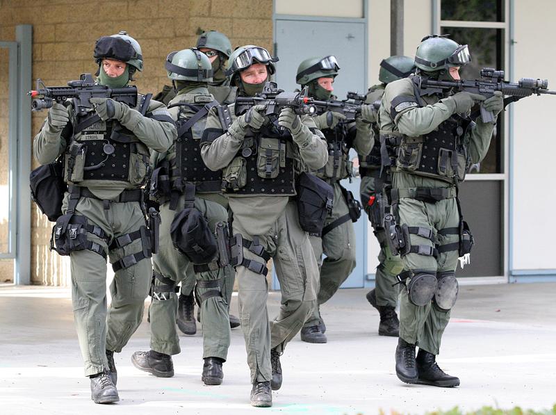 SWAT Team | Deadliest Warrior Wiki | FANDOM powered by Wikia