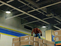 Dead rising cliff on boxes (4)