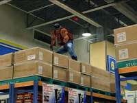 Dead rising cliff on boxes (3)